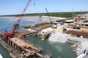 Appa monta sistema especial para atracar o primeiro navio em Pontal